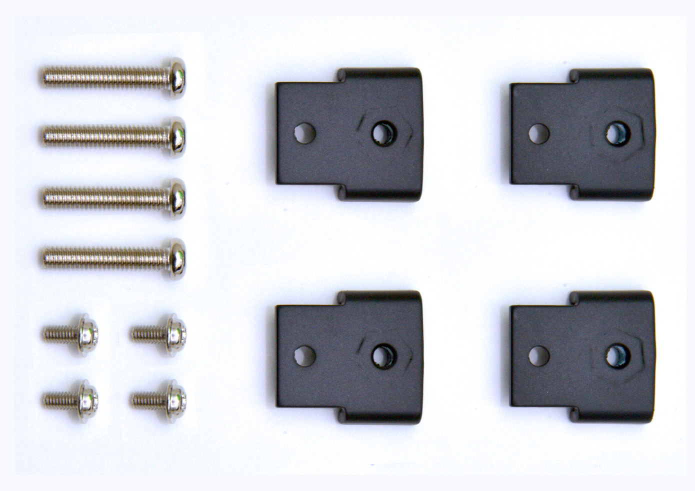 "Mounting Clips Kit<br/>  <span class=""clsSpnProdMdls"">For PC1200/1300, MON1000 Series</span>"